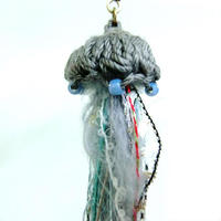 編みミニクラゲピアス Jellyfish /203gow