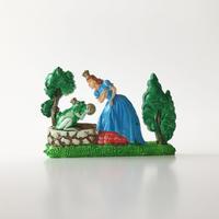 83SELECT / 童話ブローチ|かえるの王さま