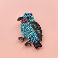 吉丸 睦 / 世界の鳥ビーズブローチ6 ソライロカザリドリ ブラジル
