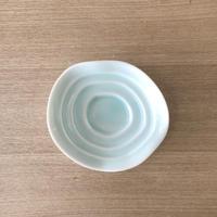 83SELECT / 曲線段差のしょうゆ皿(小皿)