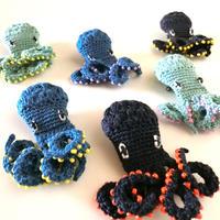 編みタコ ブローチ  [Knitting Octopus Brooch SKY]/ 203gow