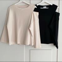 open shoulder tops