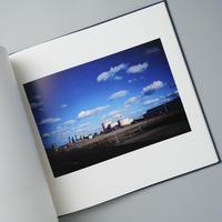 雲のうつくしい日に。/ 植田正治(Shoji Ueda)