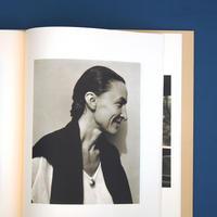 Georgia O'Keeffe A Portrait by Alfred Stieglitz(アルフレッド・スティグリッツ)