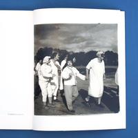 Diane Arbus Monograph (Aperture Monograph) 25th Anniversary ed / Diane arbus(ダイアン・アーバス)