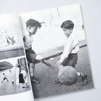The Street Photographs of Roger Mayne  / Roger Mayne  (ロジャー・メイン)