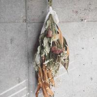 ドライフラワースワッグ - グレビリア×オランダセダム -