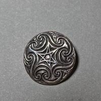 ピエール・トゥロアット ガリアの星の丸盾