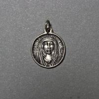 ピエール・トゥロアット ヴェールの聖母マリア