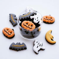 Halloween cookies case