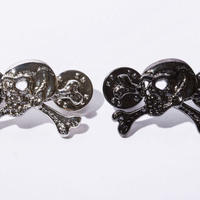 BxH Old Skull Pins