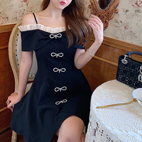 Petite ribbon brooch black dress(No.301461)