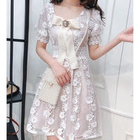 Big ribbon brooch puff dress(No.300647)