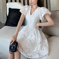 Back ribbon cutting lace dress(No.301502)