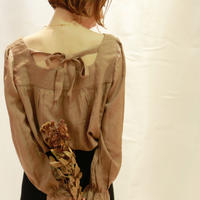 back ribbon blouse