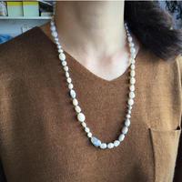 ○淡水パールのシルク紐ロングネックレス(60cm)