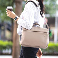"""""""クリエイターの為のスマート&コンパクトなブリーフバッグ"""" JIG mini"""