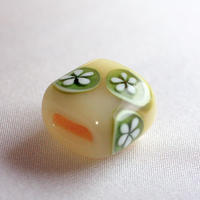 生成り 緑丸紋 蜻蛉玉帯留