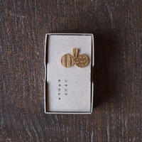 きたのまりこ シマシマチョウチョ ピンバッチ(真鍮)