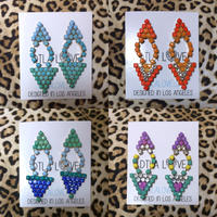 Gradation triangle earrings