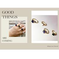 New round stone ring