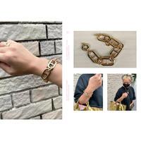 Dressed bracelet