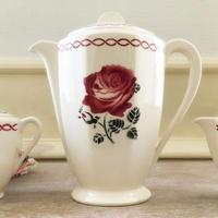 バドンヴィレ窯薔薇モチーフティーポット