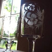 パンジー柄のまっすぐ足つきグラス