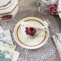 バドンヴィレ窯薔薇モチーフカップ&ソーサー⑨