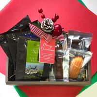 【30セット限定】クリスマス プレミアム ギフトセット(ドリップパック 13g x 6枚 ナチュラル素材の焼き菓子4個 クリスマスフルリールクリップ付きギフトッボックス入り )12月18日頃お届け