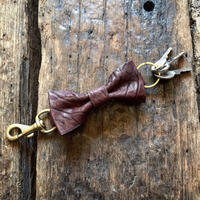Dutch Leather Company / ribbon keyholder