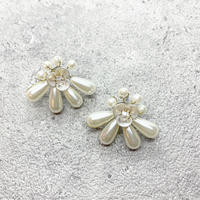 Pearl and flower pierce   /   PR-164