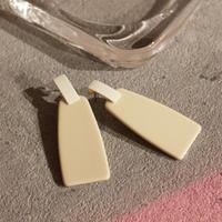 Square Plate Pierce(cream) / PR-060