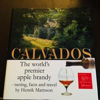 Calvadosの本(お酒ではありません)