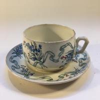 19世紀 クレイユ・エ・モントロー カップ・アンド・ソーサー ブーケとリボン柄