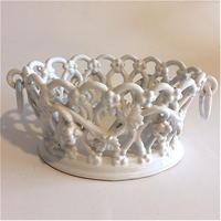 マリコルヌ エミール・テシエ  コルベイユ  陶器かご  白
