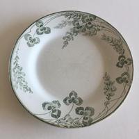 19世紀 クレイユ・エ・モントロー デザートプレート リシュリュー 三つ葉のクローバー柄