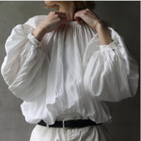 cavane キャヴァネ / Back open balloon blouseブラウス / ca-21030