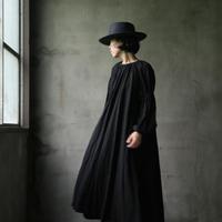 cavane キャヴァネ /  【受注】Sleeve-gather Onepieceワンピース / ca-19098