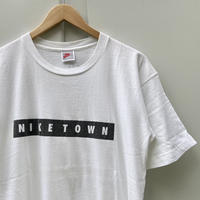 NIKE/ナイキ ナイキタウン ボックスロゴTシャツ 90年代  Made In USA (USED)