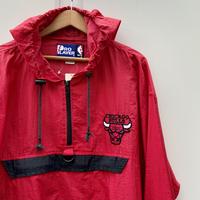 NBA CHICAGO BULLS/シカゴブルズ ナイロンプルオーバージャケット 90年代 (USED)