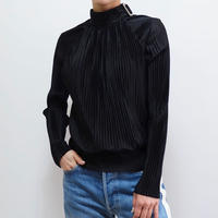 VINTAGE   PLEATS TOPS