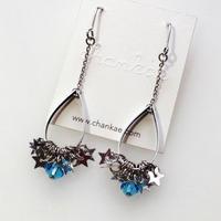 Metrocard pierced earrings メトロカードピアス/銀星形スパンコール×水色