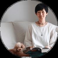10/5(月) pm13:30~14:45     セルフケアヨガ    Ayako
