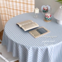 ギンガムチェックのテーブルクロス