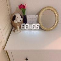 ホワイトデジタル時計