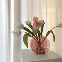 クリアな丸い花瓶