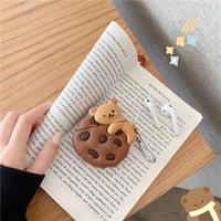 くまクッキーのAirPodsケース