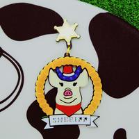 【片耳/ブローチ】豚の保安官 Sherriff  Brooch /Single Earrings