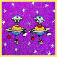 "Love story of Saturn and Saturn probe ""Cassini"" Eearrings/Ear clips                    土星とカッシーニ"